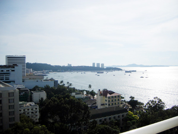 Pattaya City sea view condo